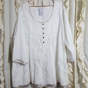 Soft Surroundings white gold embroidered tunic top